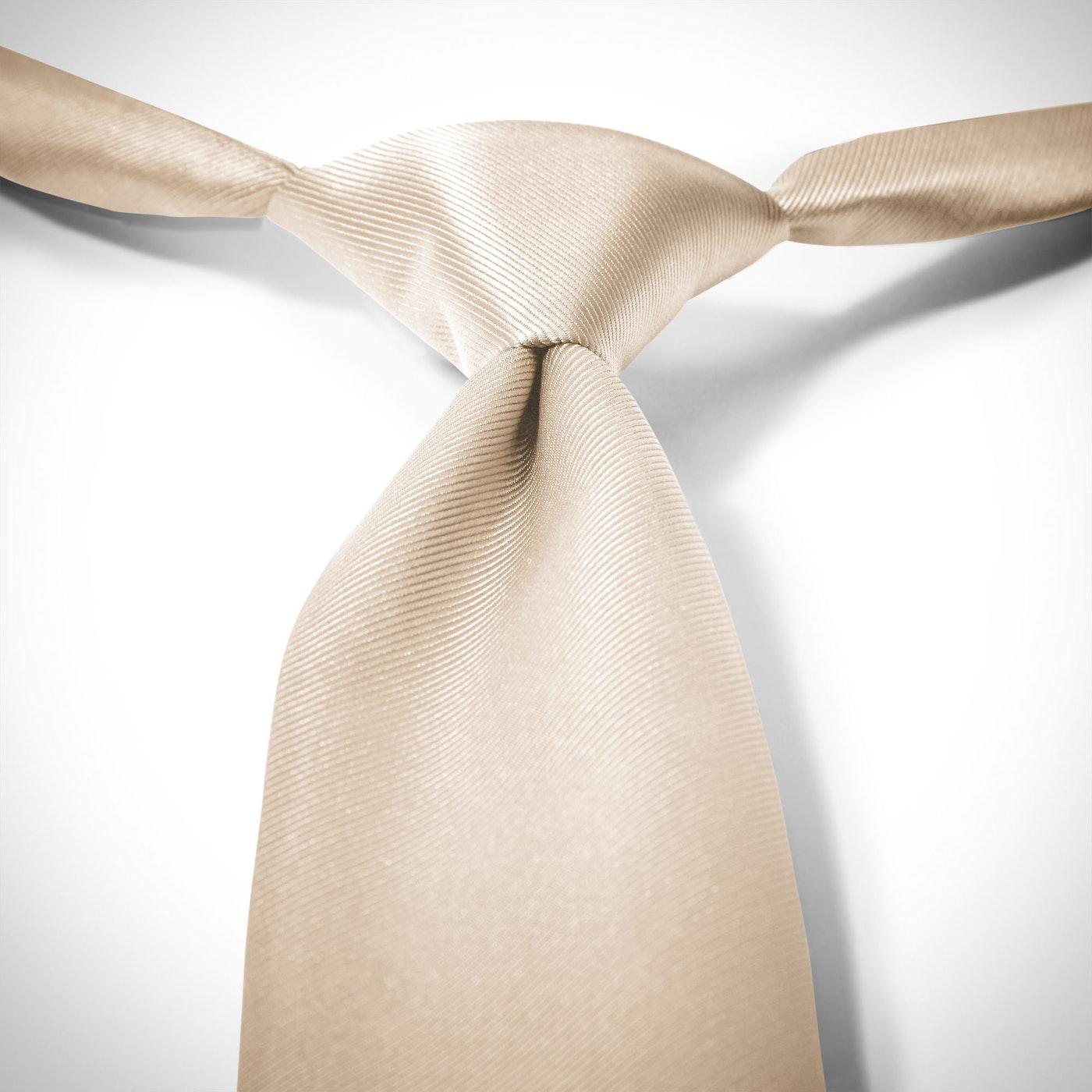 Champagne Pre-Tied Tie