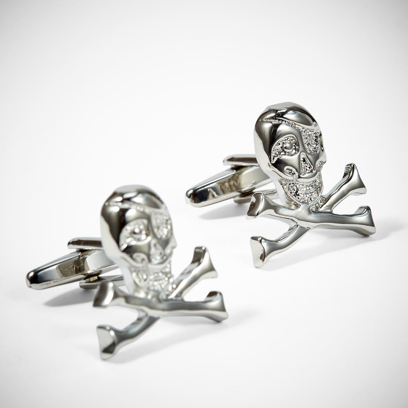 Skull and Crossbones Cuff-links: Silver