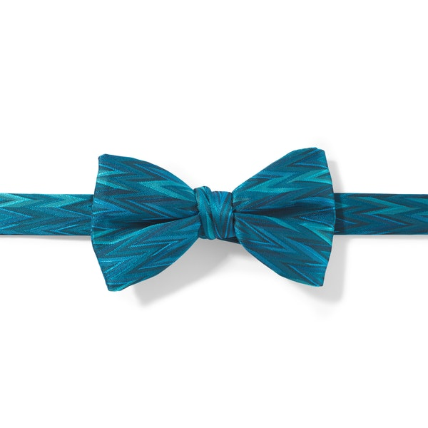 Pacific Zig Zag Pre-Tied Bow Tie
