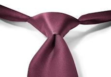 Sangria Pre-Tied Tie