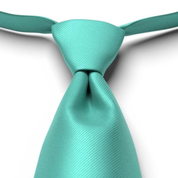 Spa Solid Pre-Tied Tie