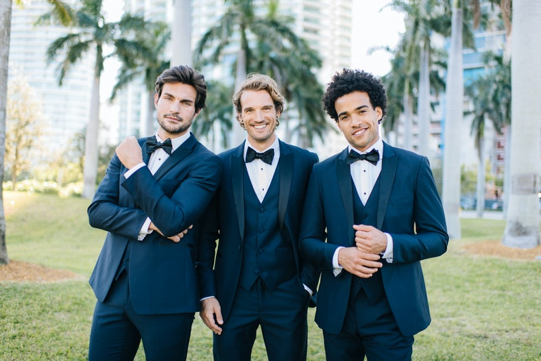 Menguin box in home office.