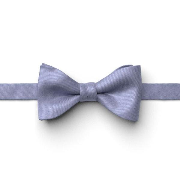 Fog Pre-Tied Bow Tie