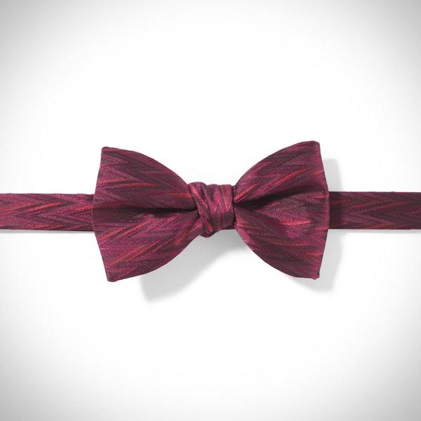 Sangria Zig Zag Pre-Tied Bow Tie
