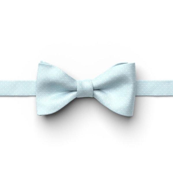 Capri Pin Dot Pre-Tied Bow Tie