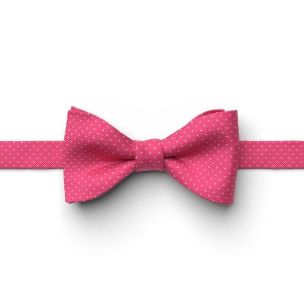 Fuchsia Pin Dot Pre-Tied Bow Tie