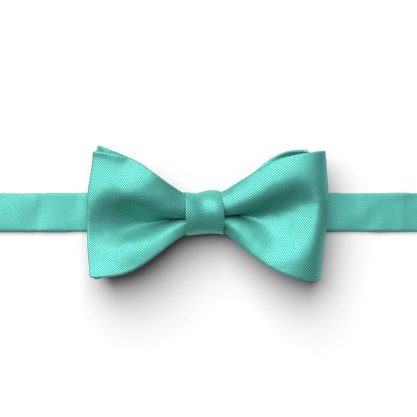 Spa Pre-Tied Bow Tie