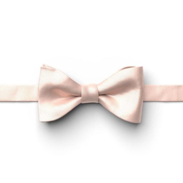 Petal Pre-Tied Bow Tie (Blush)